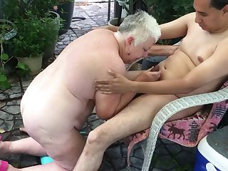 flashypink blows big cock & sucks balls of fwb